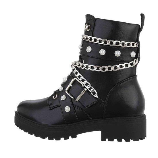 Zwarte kinky boot Bonny.