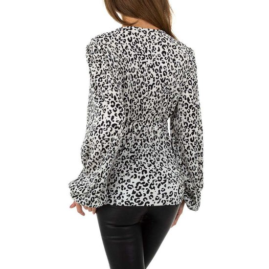 Trendy zwart-witte blouse.