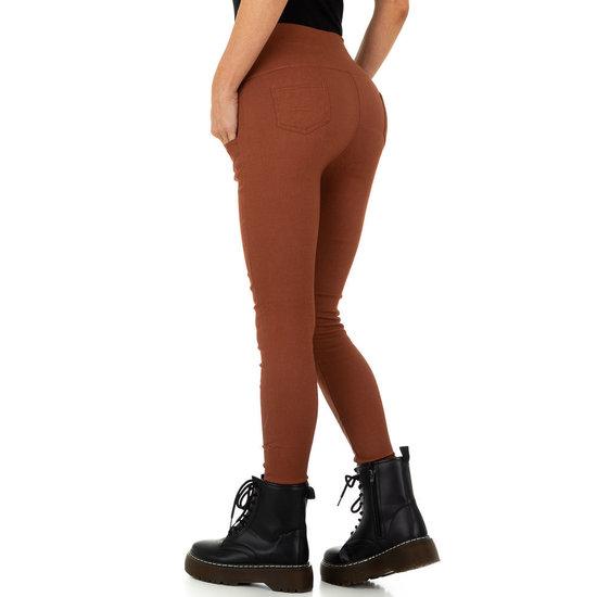 Skinny aanpassende camel hoge taille broek.