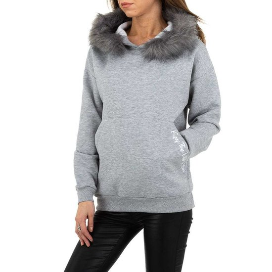 Grijze sweater met pelsen kraag.SOLD OUT