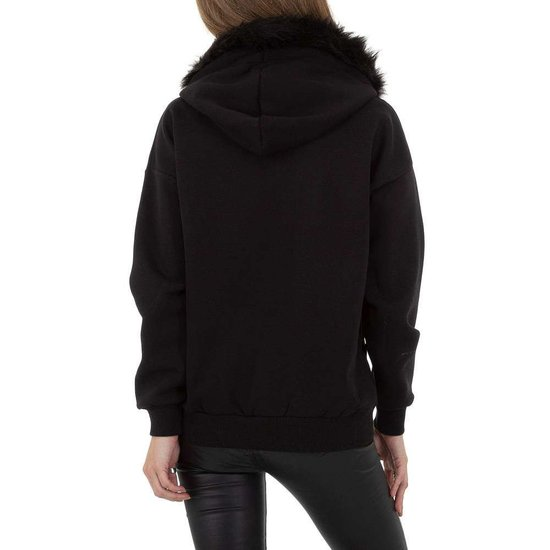 Zwarte sweater met pelsen kraag.SOLD OUT