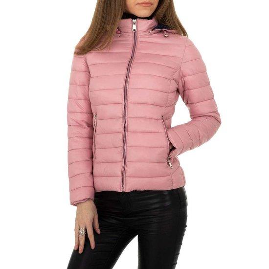 Hippe korte gewatteerde rose winter jacket.