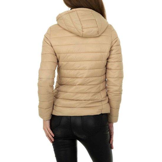 Hippe korte gewatteerde kaki winter jacket.