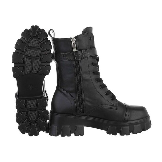 Trendy halfhoge boot Xina.