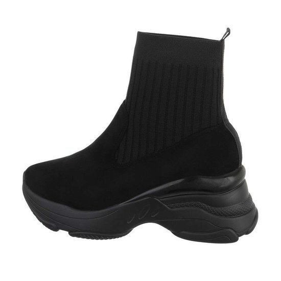 Trendy zwarte hoge textiel sneaker Ciri.