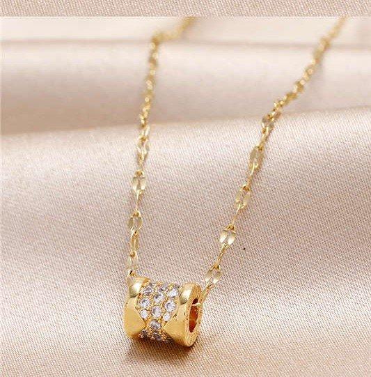 Fijne gouden pendant ketting.