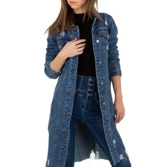Trendy midi mantel in jeans.