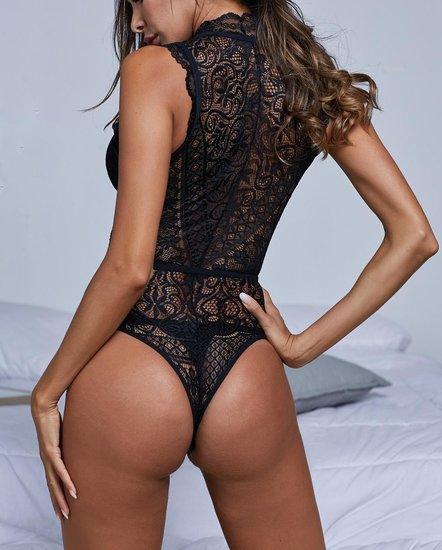 Sexy zwarte v-neck bodysuit.