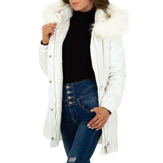 Trendy witte parka met afneembare pels.