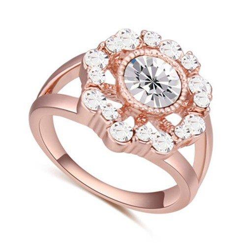 Classy rose goldplated ring met witte bergkristallen.