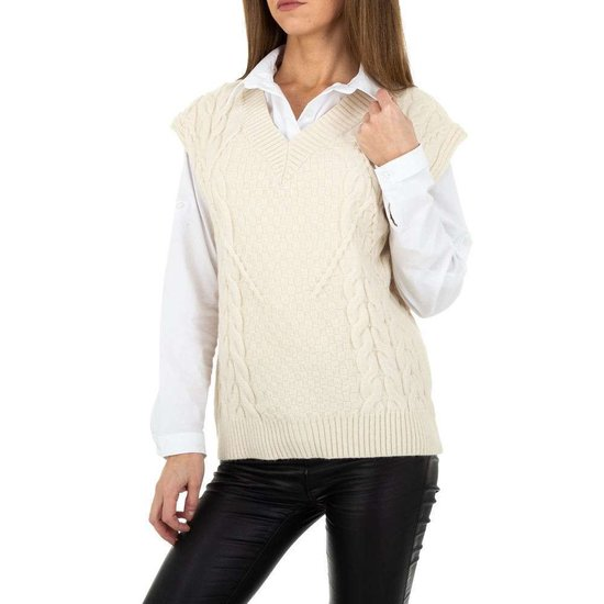 Cream mouwloze pullover in wolmix.