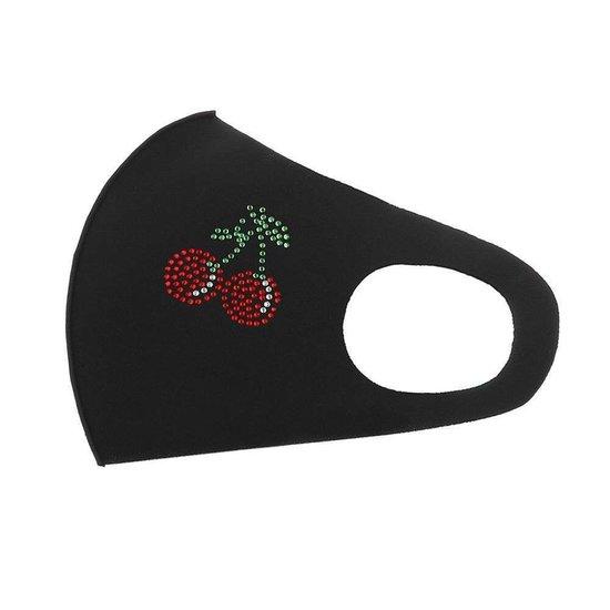 Zwart fashion mondmasker met kersen.