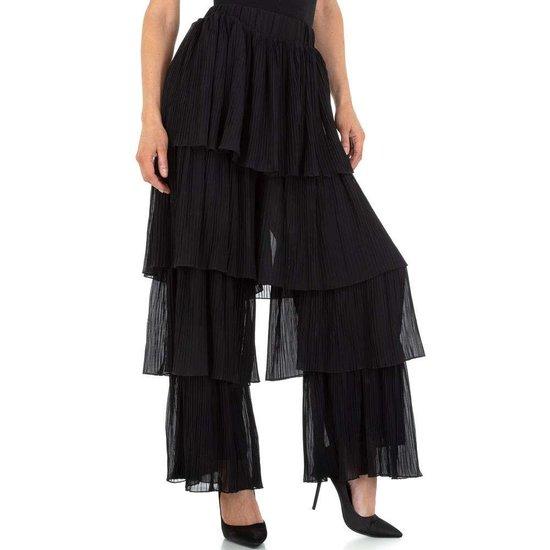 Trendy zwarte broekrok in maille.