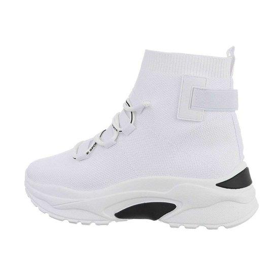 Trendy hoge witte textiel sneaker Jana.SOLD OUT