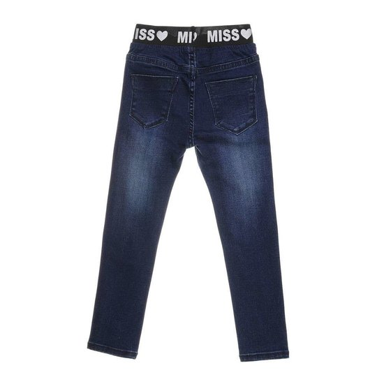Donker blauwe meisjes jeans met opschrift.