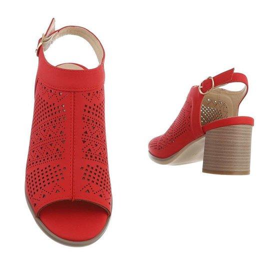 Hoge rode sandaal Morna.
