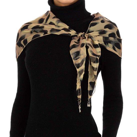 Modieuze beige sjaal met dieren motief.