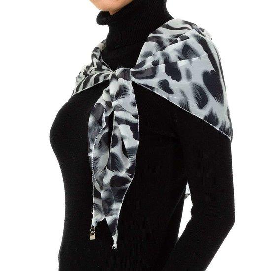 Modieuze witte sjaal met dieren motief.