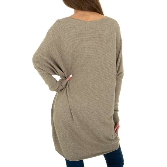 Trendy taupe long pullover met opschrift.