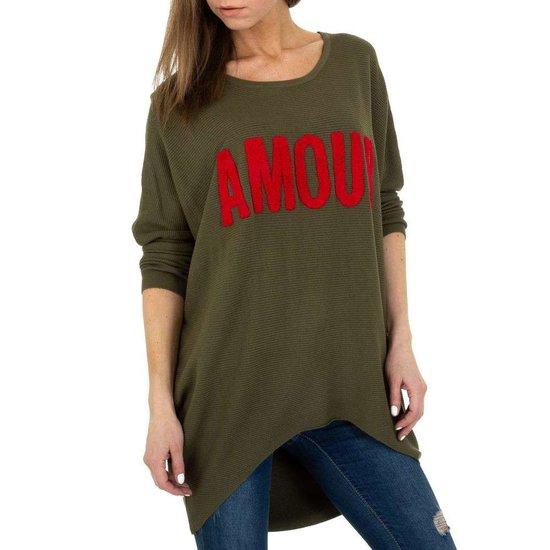Trendy groene long pullover met opschrift.