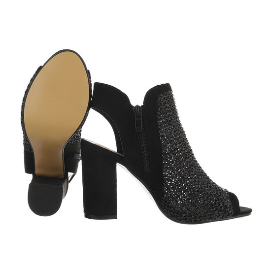 Hoge zwarte sandaal Sheena.