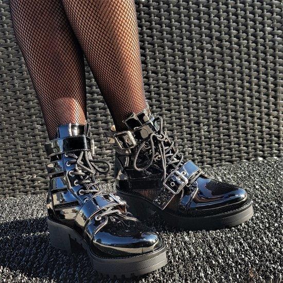 Trendy zwarte sandaal-boot Runa