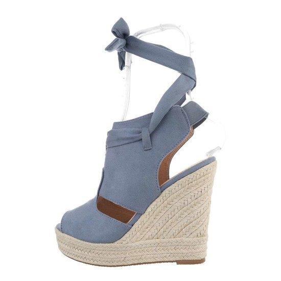 Blauwe hoge daimen sandaal met sleehak Alegra.