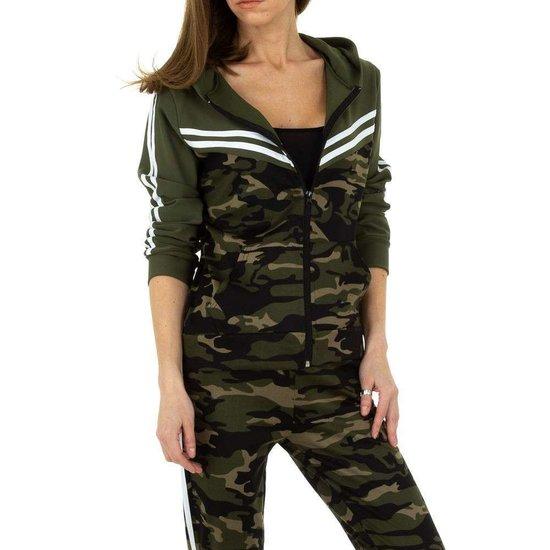 Fashion armygreen camou loungewear met groene bovenkant.