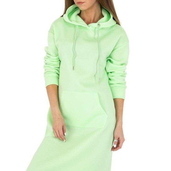 Trendy pastel groene maxi jurk-sweater in sweat stof.