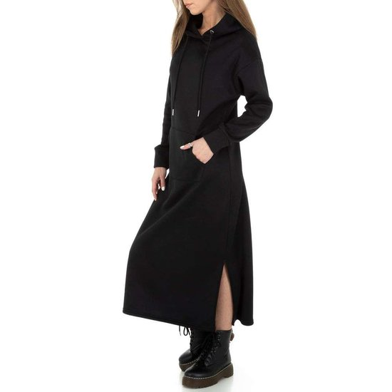 Trendy zwarte maxi jurk-sweater in sweat stof.