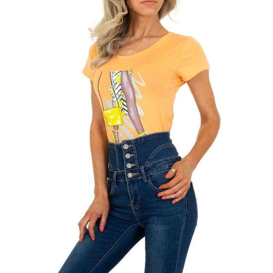Trendy oranje T-shirt met fashion motief.