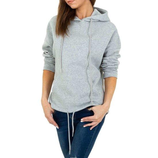 Trendy grijze sweater/hoodie in sweatstof.