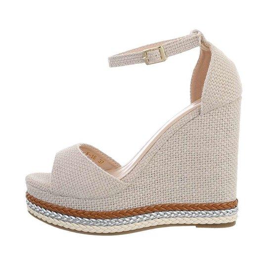 Beige hoge sandaal met sleehak Carleen.