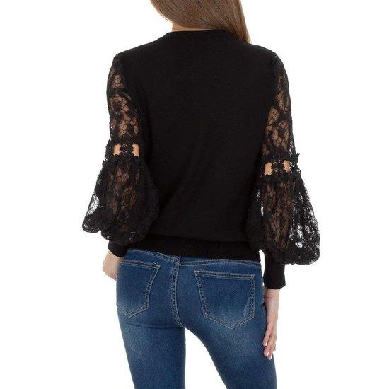 Trendy zwarte pullover met kant.