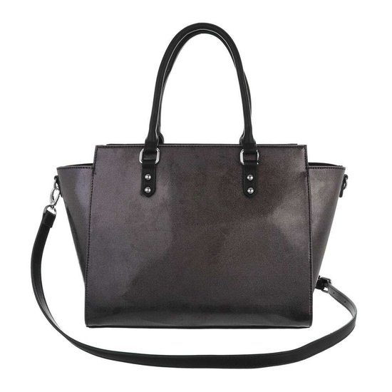 Trendy zwarte shopperbag met decoratie.