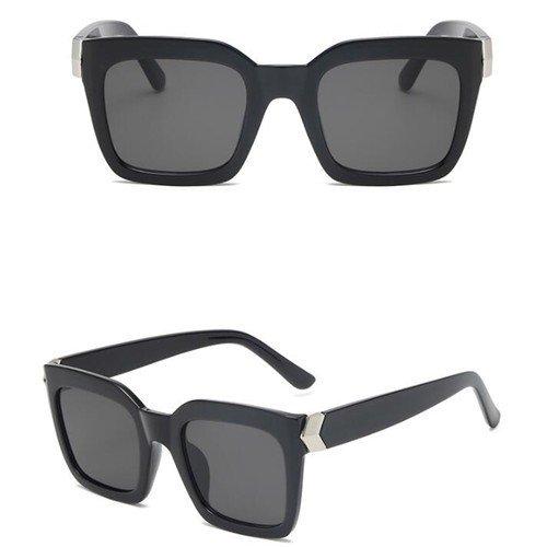 Stylishe zwarte zonnebril.