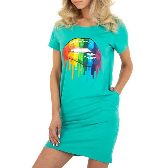 Zomerse turqouise T-shirt jurk.