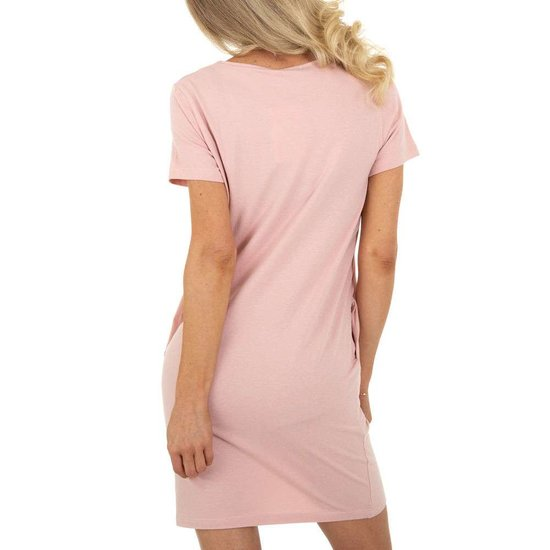 Zomerse rose T-shirt jurk.