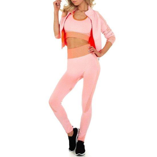 3 delige rose sportswear.