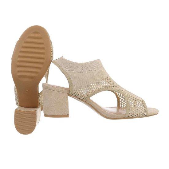 Hoge beige sandaal Sifra.