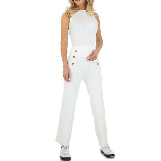 Trendy 2 delige sportieve witte set.