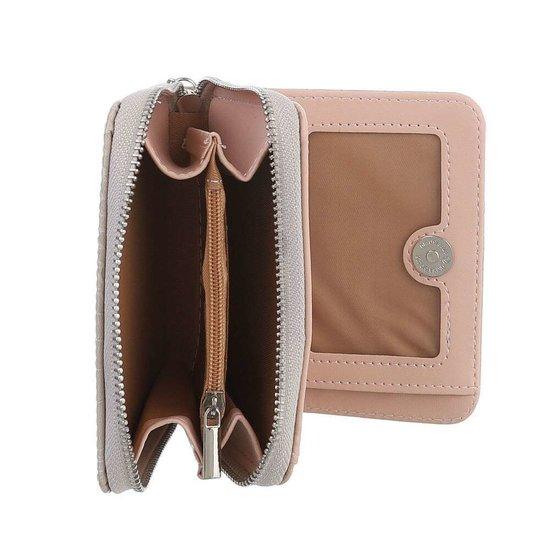 Kleine beige portemonnee.