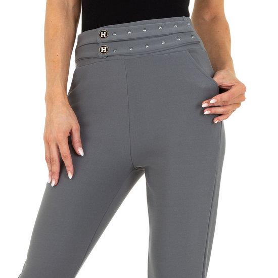 Trendy grijze chinobroek met stretch.