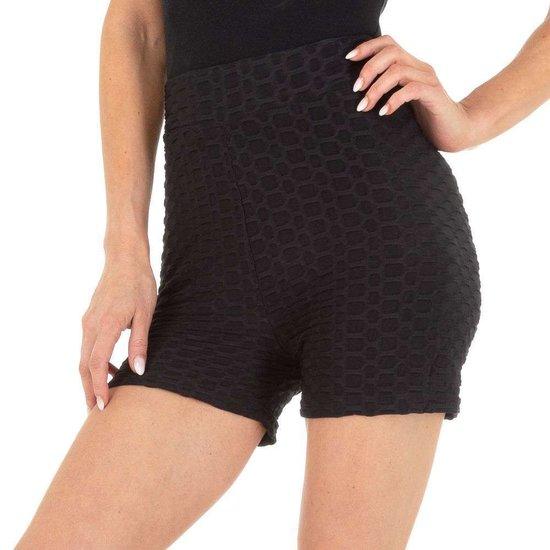 Sportieve zwarte short.