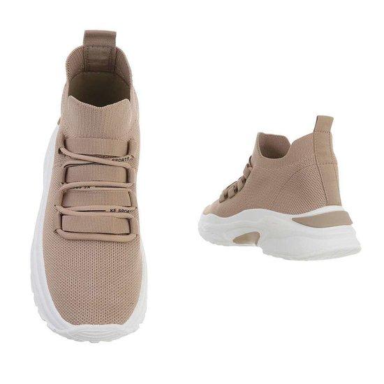 Trendy lage kaki textiel sneaker Reza.