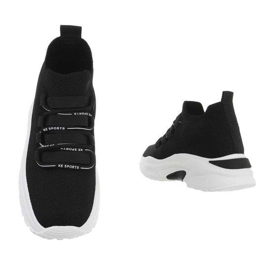 Trendy lage zwarte textiel sneaker Reza.
