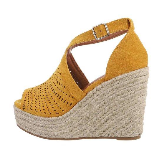Gele hoge sandaal met sleehak Krista.