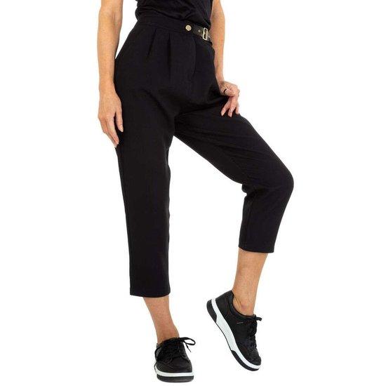Trendy zwarte 7/8 broek.
