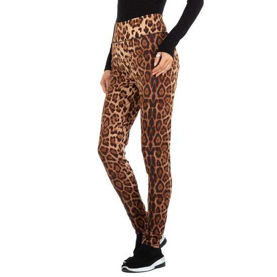 Bruine legging met animal print.