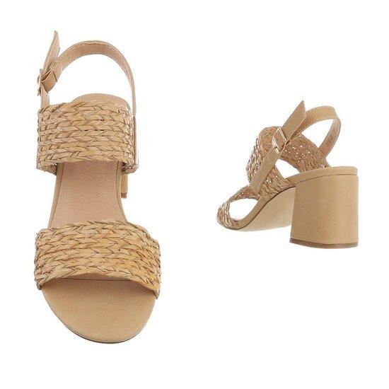 Beige hoge sandaal Milda.
